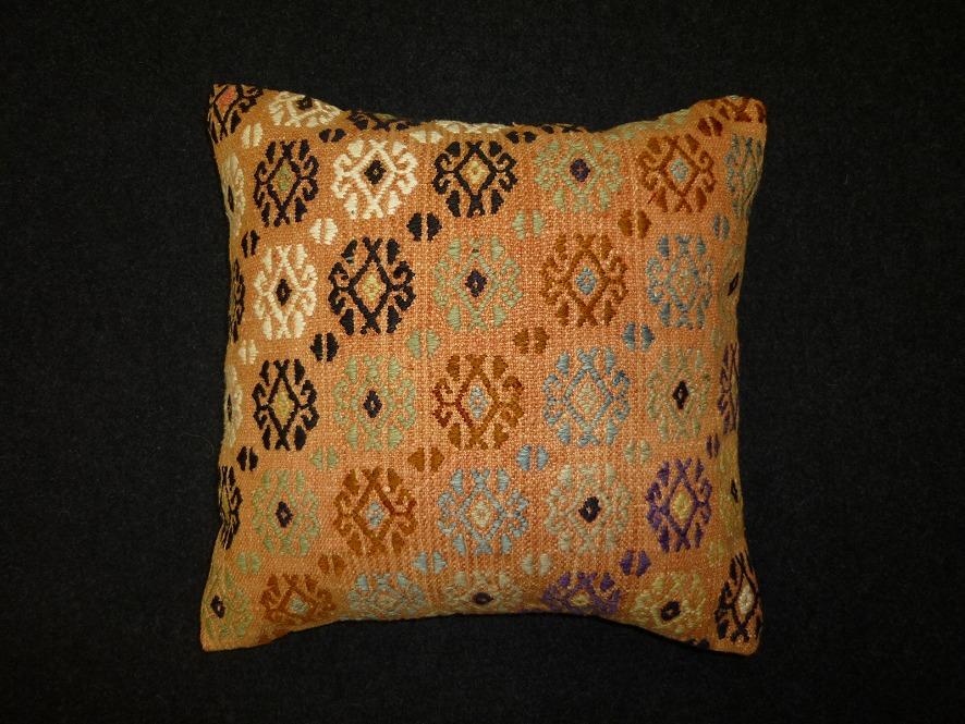 cushion-92