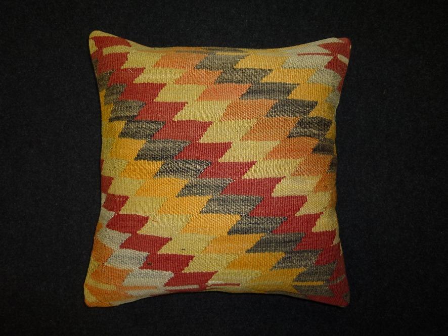 cushion-m113
