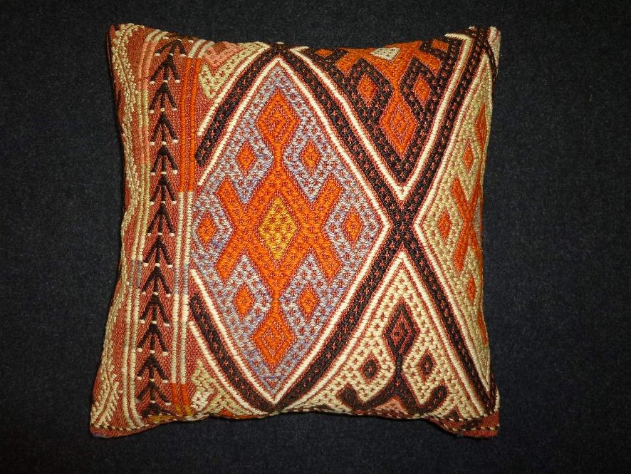 cushion-m80
