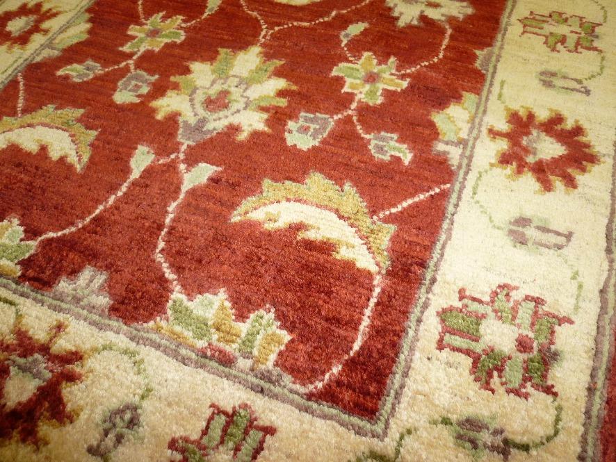 パキスタン絨毯06-02