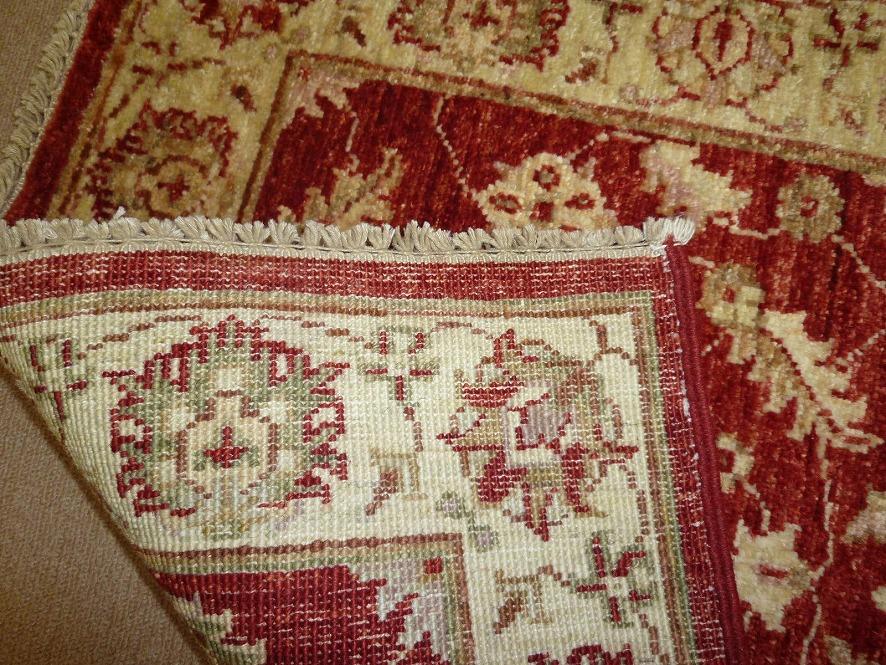 パキスタン絨毯05-03